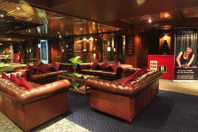 Casino Furniture Info